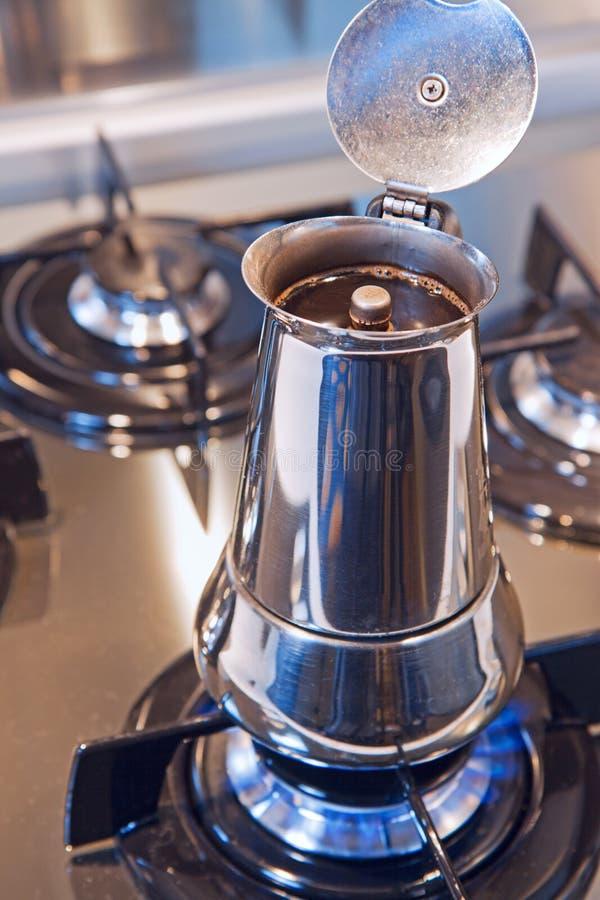 Italienische Kaffeemaschine lizenzfreie stockbilder