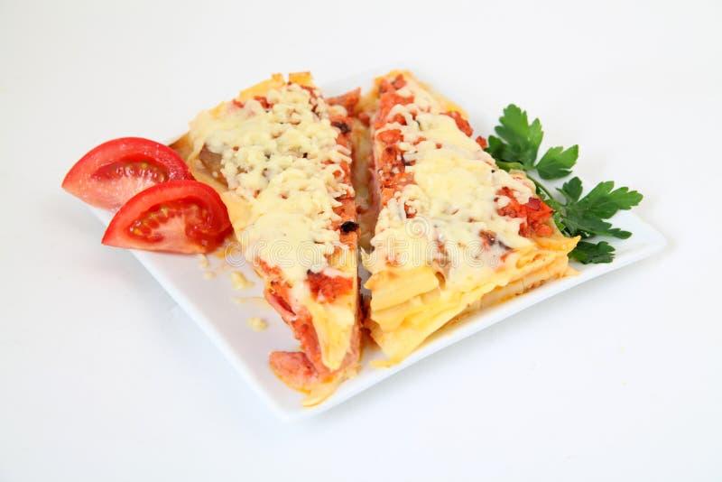 Italienische lasagne mit dekoration stockfoto bild von for Italienische dekoration