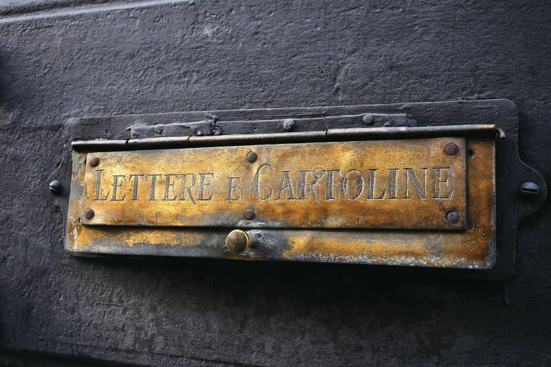 Italienische Mailbox stockfoto