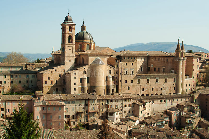 Italienische Stadt Urbino lizenzfreies stockfoto