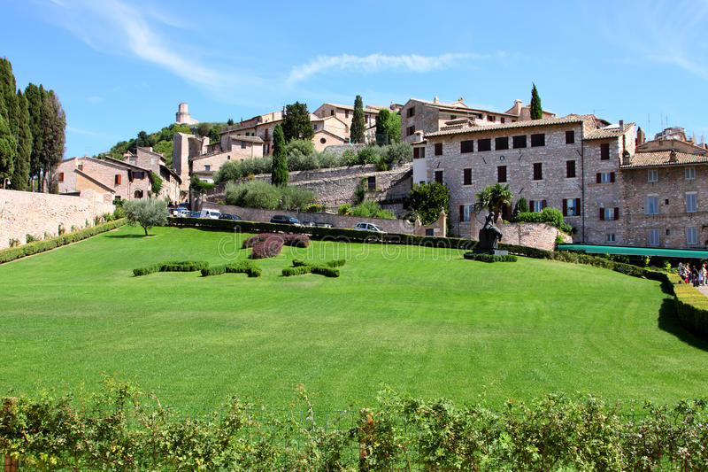 Italienische Stadt von Assisi stockfotos