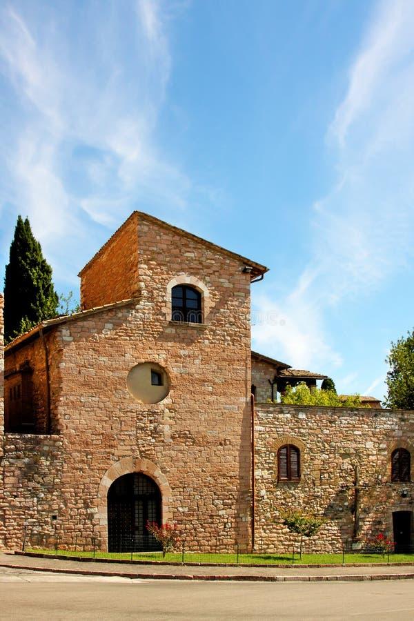 Italienische Stadt von Assisi, Kirche lizenzfreies stockbild