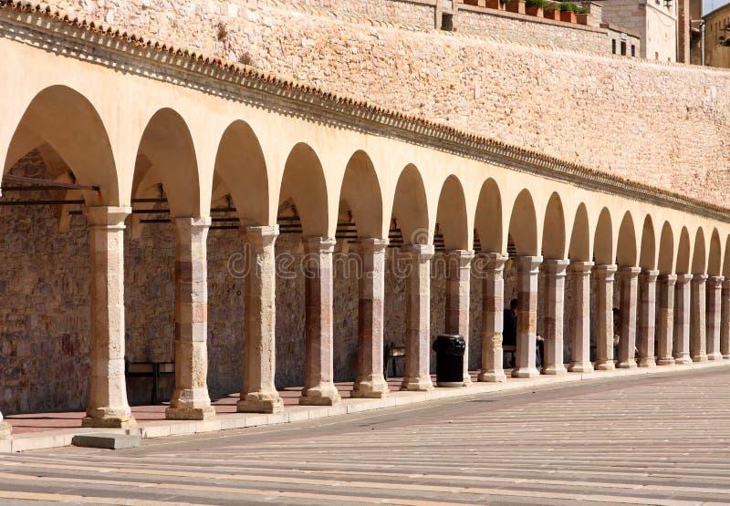 Italienische Stadt von Assisi, Kloster von Str. Francesco stockbild