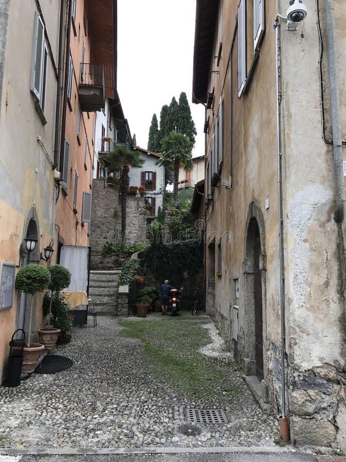 Italienische Straße lizenzfreie stockbilder