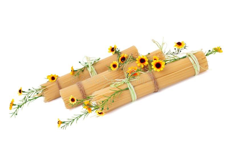 Download Italienischer Isolationsschlauch Verziert Mit Den Blumen Getrennt Stockbild - Bild von appetitanregend, nahrung: 26370167