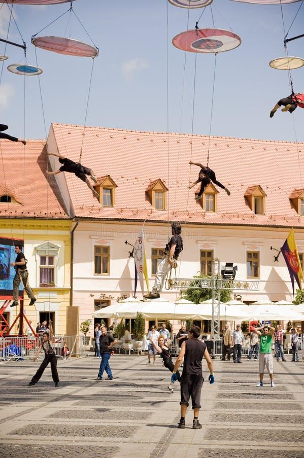 Italienisches akrobatisches Team in Sibiu Rumänien stockfotos