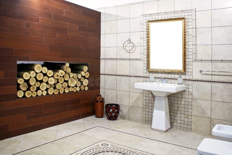 Italienisches Badezimmer 2 stockfoto. Bild von innen, zustand - 5860798