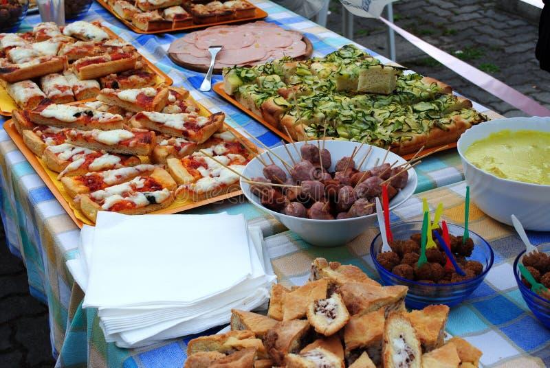 Italienisches Buffet stockbild