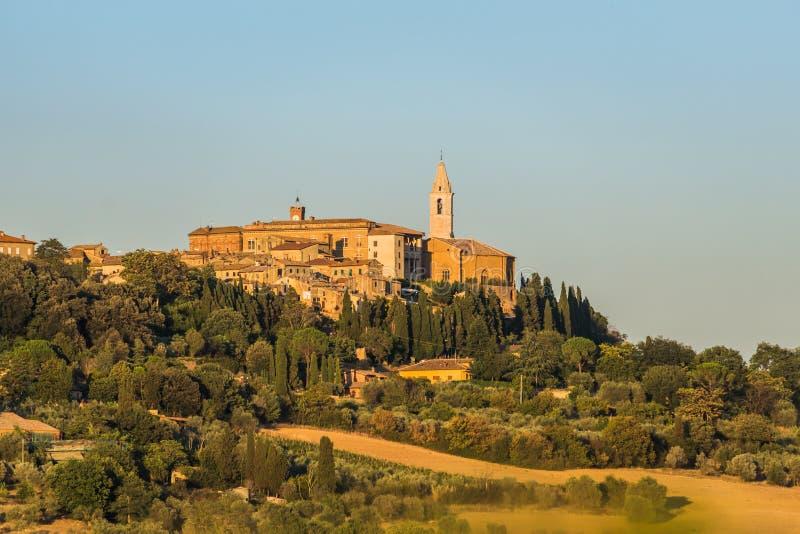 Italienisches Dorf von Pienza, gelegen in der Toskana-Region lizenzfreies stockfoto