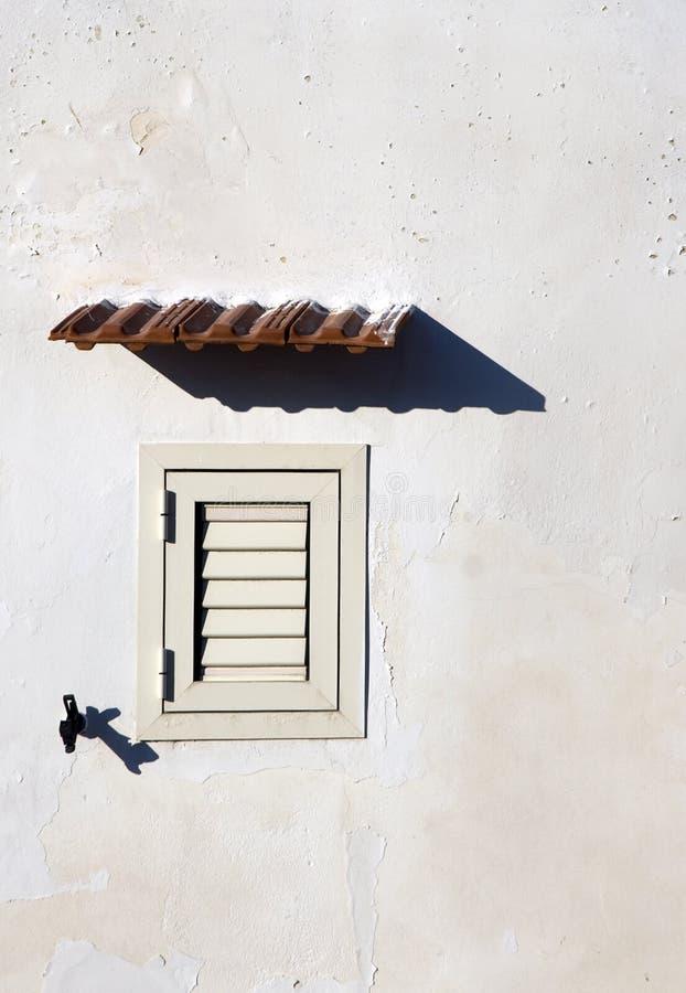 Italienisches Fenster lizenzfreies stockbild