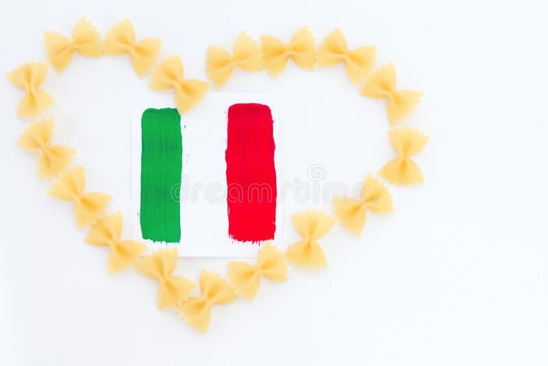 Italienisches Kochen, Teigwarenfarben einer Flagge stockbild