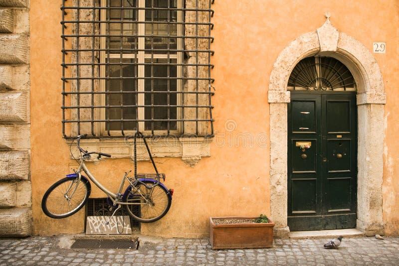 Italienisches Parken lizenzfreies stockbild