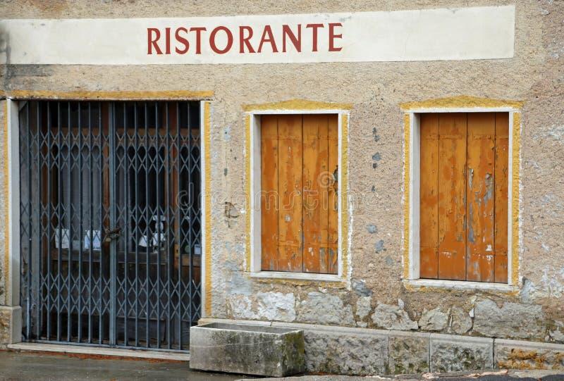 Italienisches Restaurant geschlossen lizenzfreie stockfotos