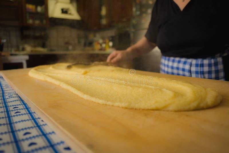 Italiensk hemlagad polenta arkivfoto