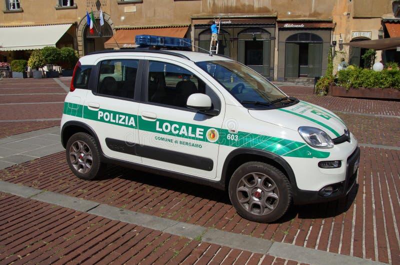 Italiensk närpolisbil, Fiat Panda arkivbilder