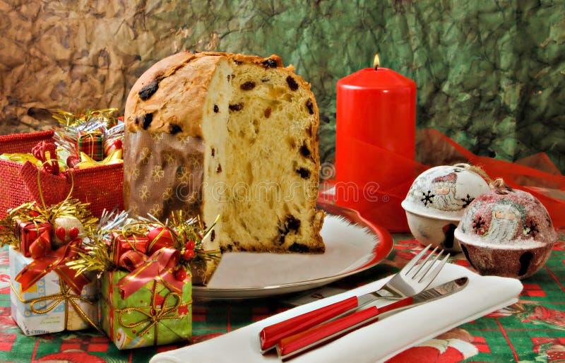 italiensk panettonexmas för cake royaltyfri foto