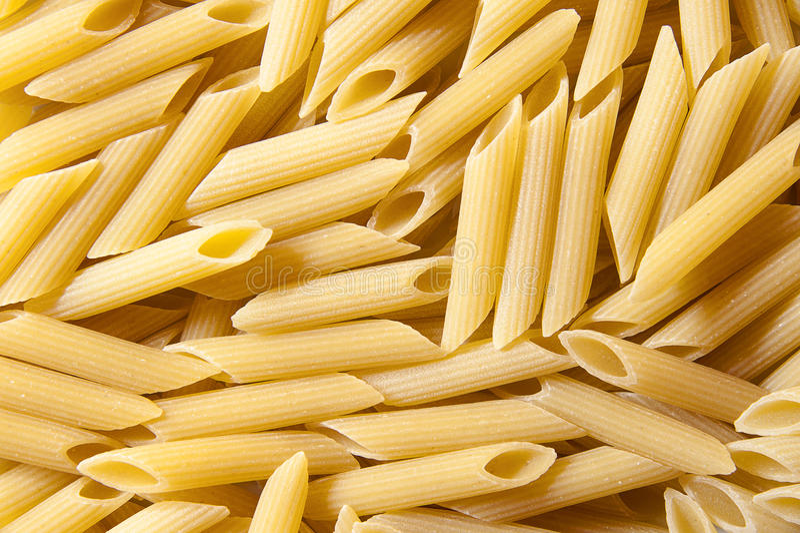 Italiensk pasta - penne royaltyfri bild