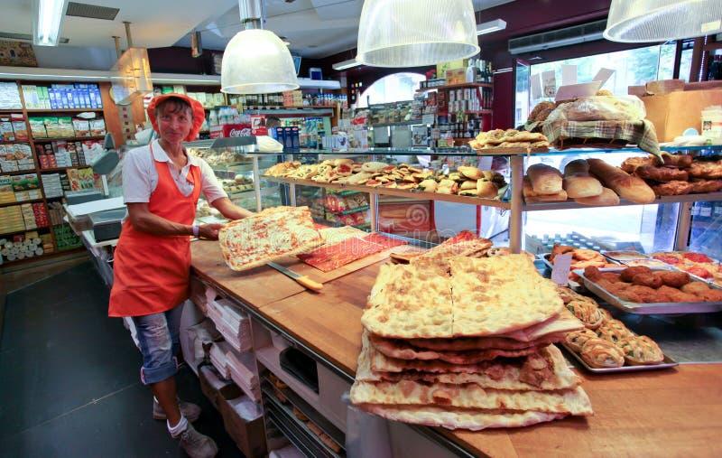 Italiensk pizza shoppar arkivfoton