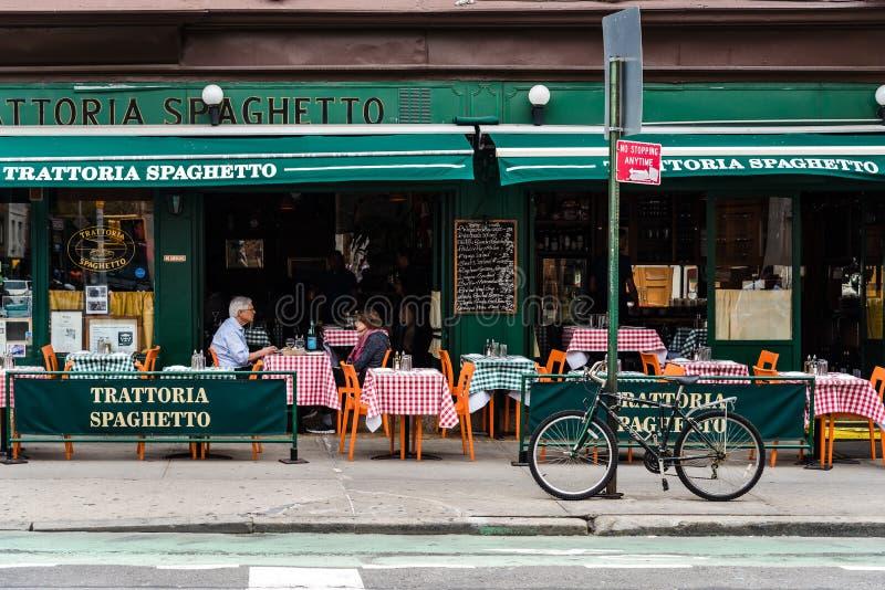 Italiensk restaurang i den Greenwich byn, New York City arkivbild