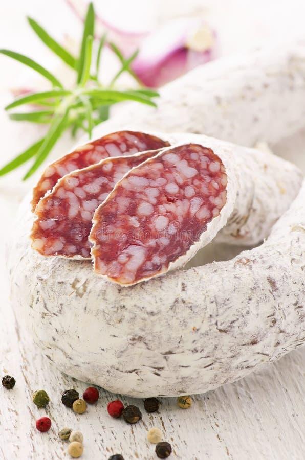 Italiensk salami arkivbild
