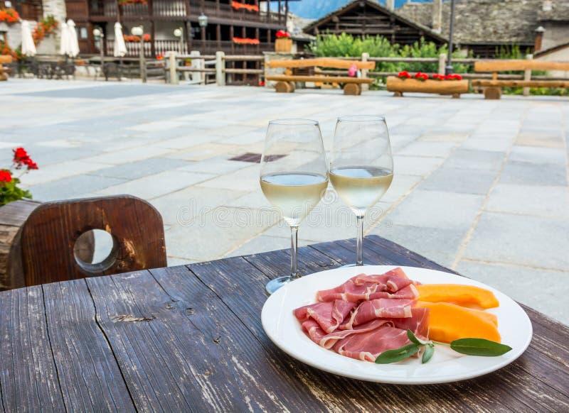 italienska matlagningmatingredienser fotografering för bildbyråer