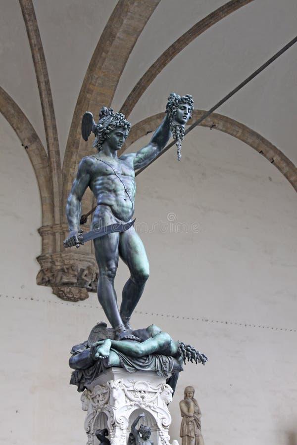italy Florence Loggia Lanzi Skulpturen Perseus med huvudet av medusaen Benvenuto Cellini royaltyfria bilder
