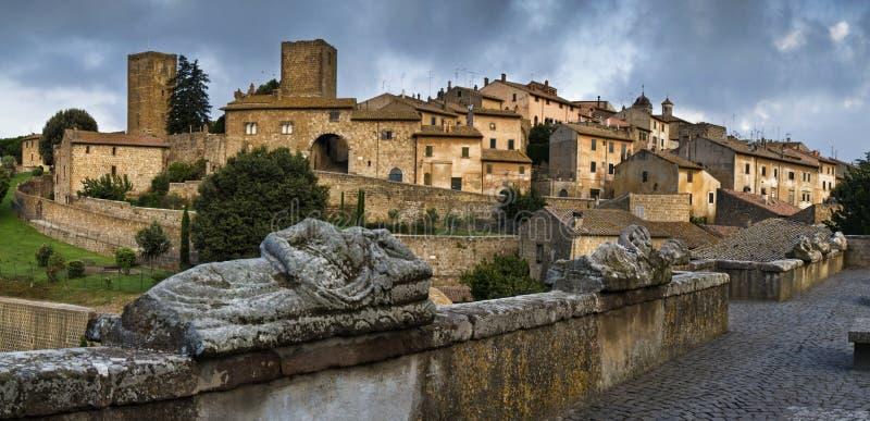 italy lazio tuscania arkivbild
