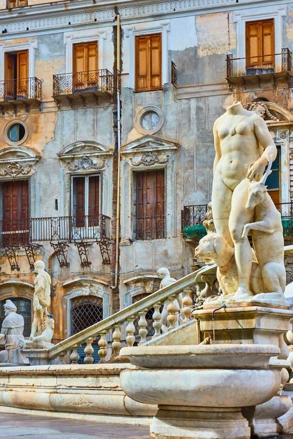 italy palermo piazza pretoria sicily arkivfoton