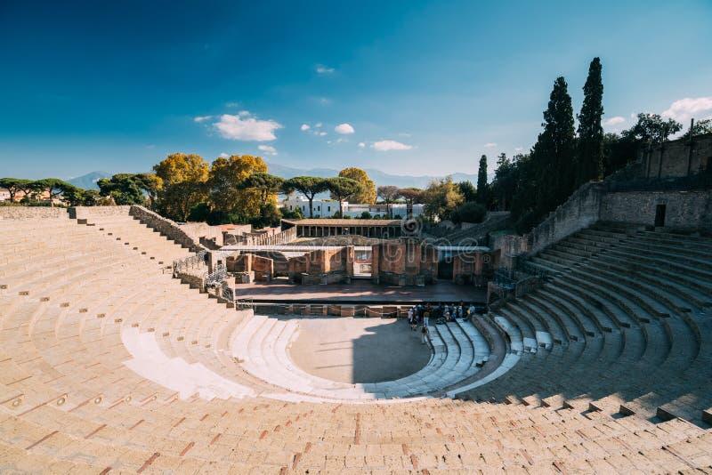 italy pompeii Sikt av den stora teatern av Pompey royaltyfri fotografi