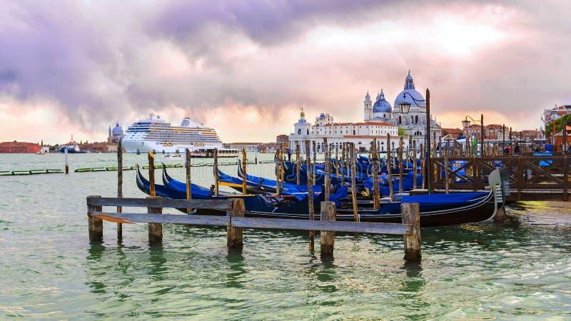 italy venice Venetian lagun p? solnedg?ngen i Venedig arkivbilder
