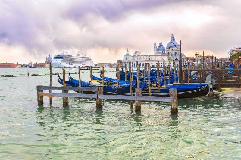 italy venice Venetian lagun p? solnedg?ngen i Venedig royaltyfri foto