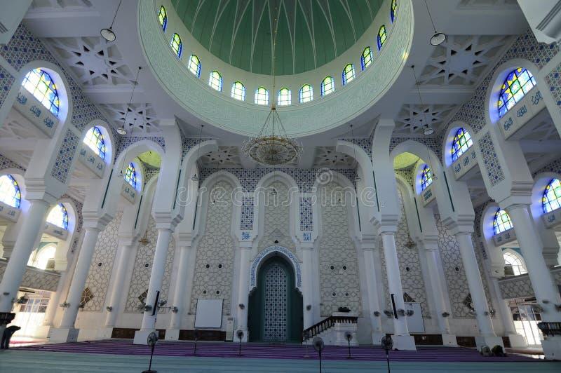 Iterior του σουλτάνου Ahmad 1 μουσουλμανικό τέμενος σε Kuantan στοκ εικόνα
