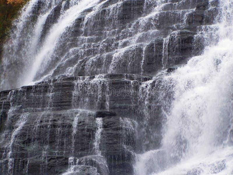 Download Ithaca Fälle stockbild. Bild von fall, wasserfälle, nebenfluß - 33829