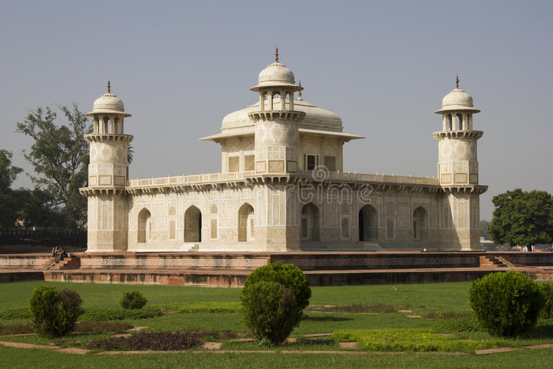 Download Itimad-ud-Daulah Or Baby Taj In Agra, India Stock Images - Image: 26957014