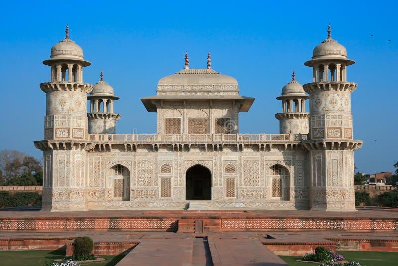 Itimad-ud-Daulah oder Schätzchen Taj in Agra, Indien lizenzfreie stockbilder