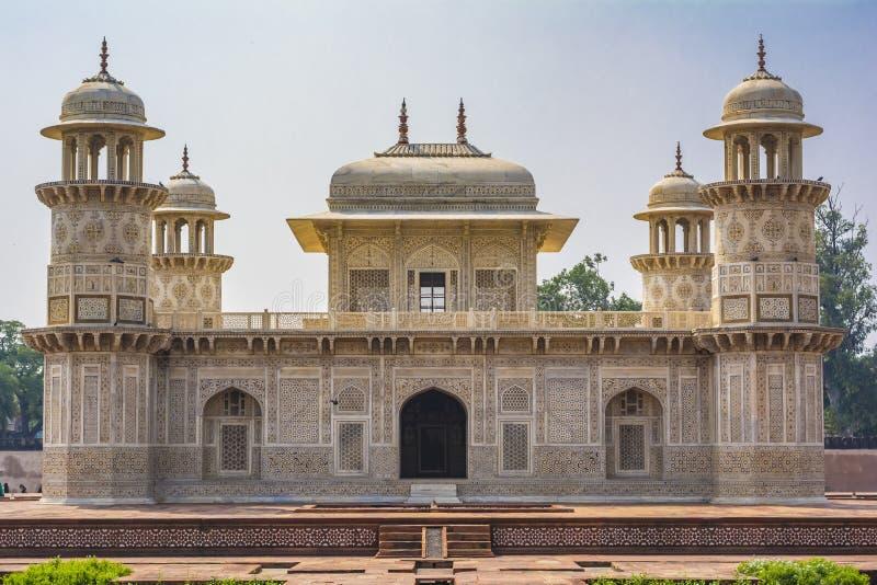 Itimad-ud-Daulah ou bebê Taj em Agra, India imagens de stock