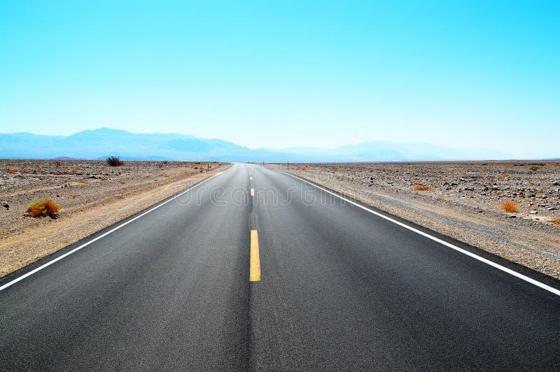 Itinéraire dans Death Valley la Californie images stock