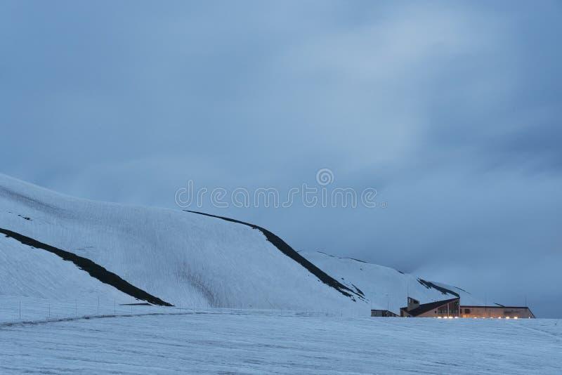 Itinerario alpino di Tateyama Kurobe a Toyama, Giappone immagine stock libera da diritti