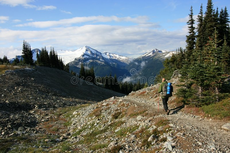 itinerario musicale della viandante alpina degli urti fotografie stock libere da diritti
