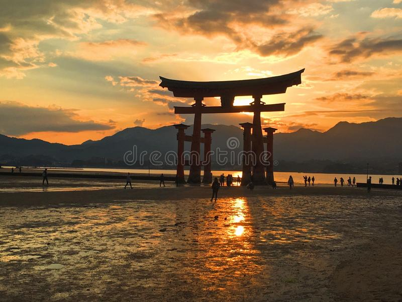 Itsukushima日落 库存照片