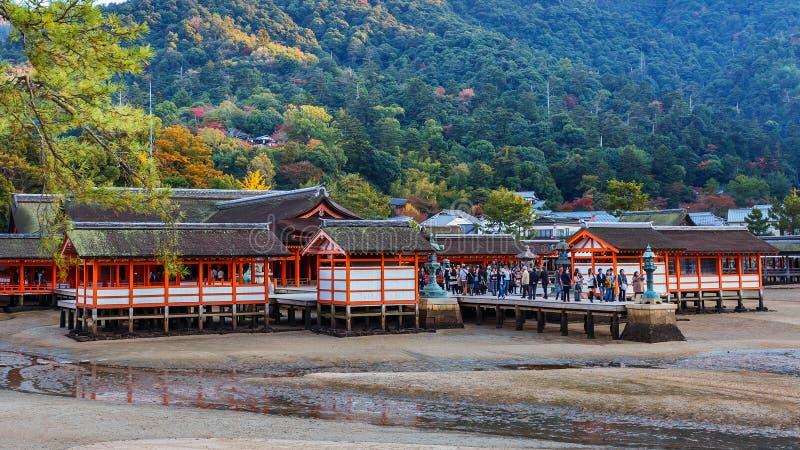 Itsukushima Jinja i miyajima fotografering för bildbyråer