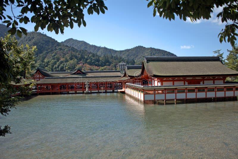 Itsukushima Schrein, Miyajima, Japan stockbilder