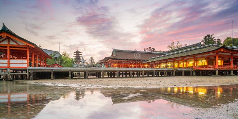 Itukashima świątynia na Miyajima wyspie, Hiroszima prefektura zdjęcie stock