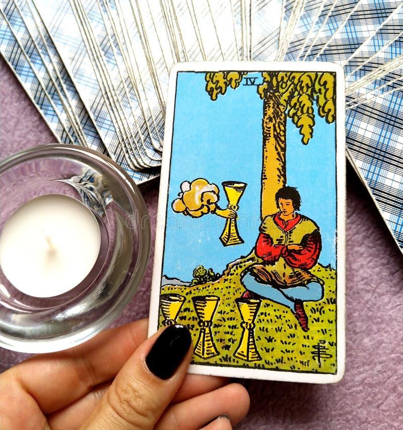 4 IV крушения иллюзий отвращения апатии карточки Tarot чашек бесплатная иллюстрация