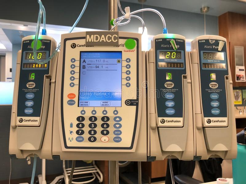 IV Pumpen-medizinische Pumpe lizenzfreies stockfoto