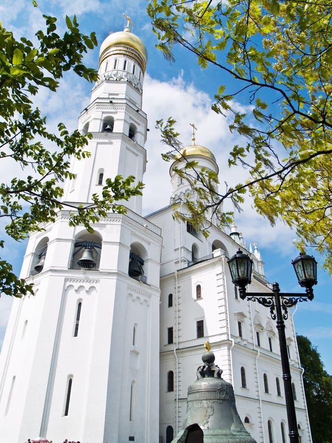 Ivan o grande complexo da Sino-Torre, Moscovo imagens de stock