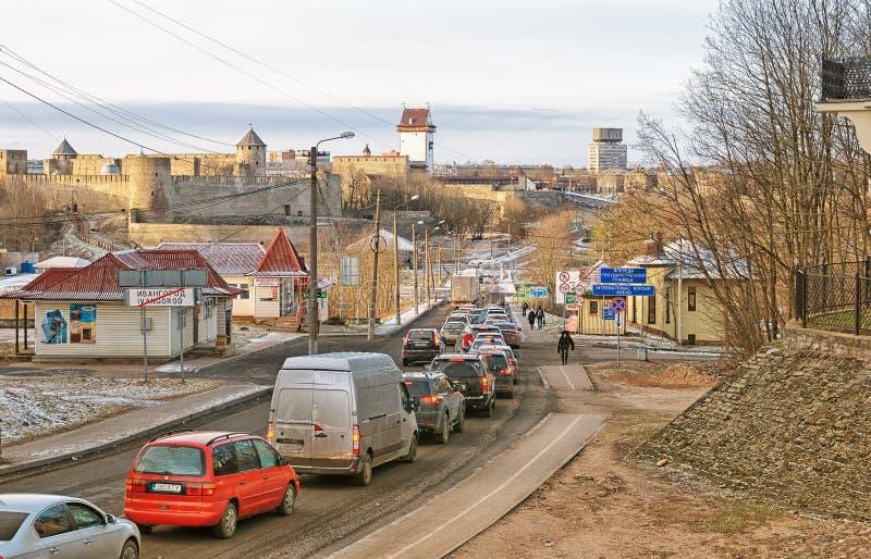 Ivangorod Ryssland Ryss - estländsk gräns arkivfoton