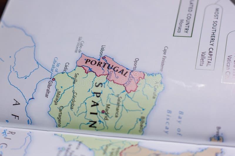 Ivanovsk Ryssland - Februari 04, 2019: Portugal på översikten av världen vektor illustrationer