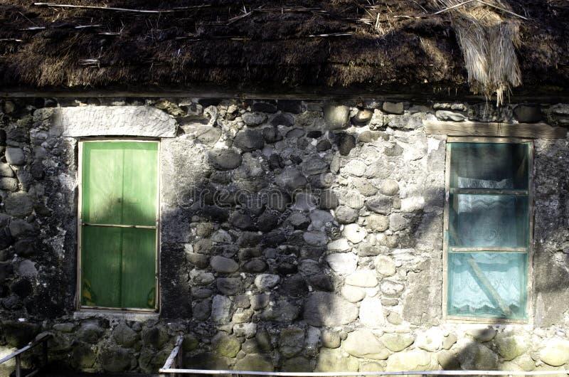 Ivatan fördärvar gamla hus Batanes Filippinerna arkivfoto