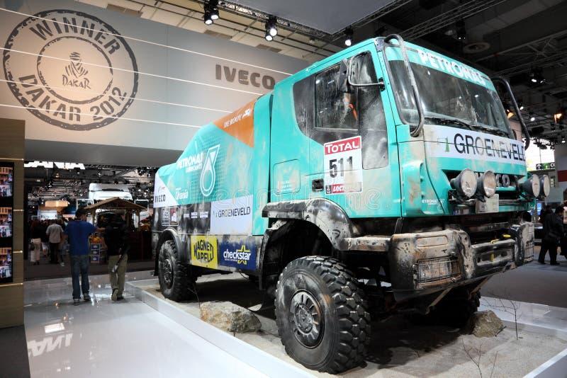 Iveco reagrupa Dacar que compete o caminhão imagens de stock